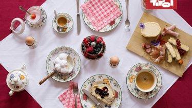 Śniadanie, © Tirol Werbung / Bert Heinzlmeier
