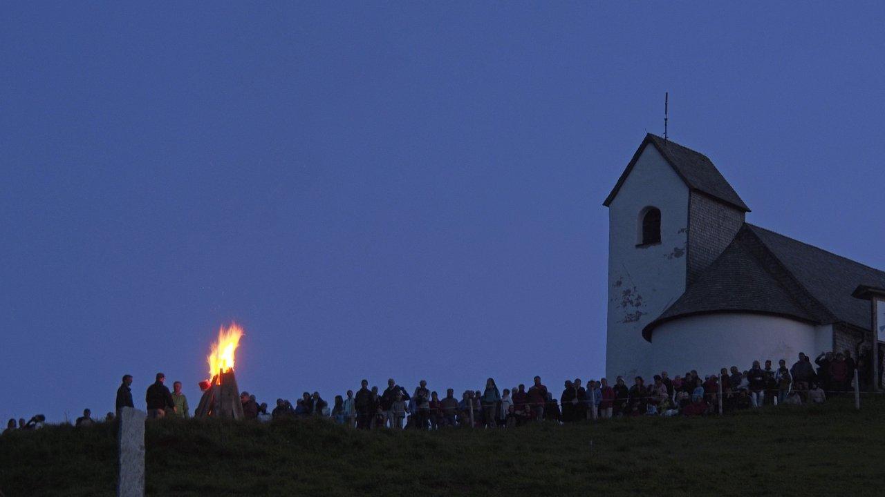 Ogniska świętojańskie w regionie Brixental, © Kitzbüheler Alpen - Ferienregion Hohe Salve