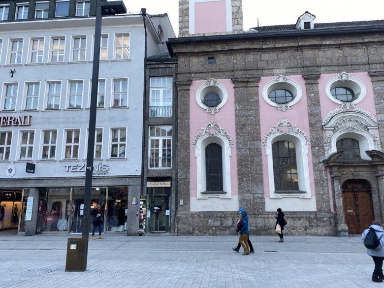 Łatwo go przeoczyć – najwęższy dom w Innsbrucku , © Tirol Werbung/Christina Schwemberger