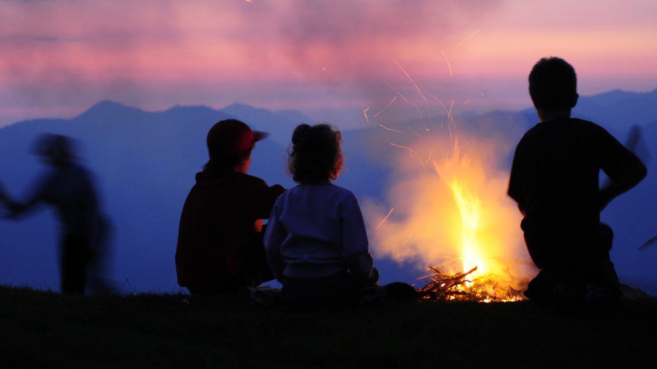 Ogniska świętojańskie na Markbachjoch, © Wildschönau Tourismus/Tom Klingler
